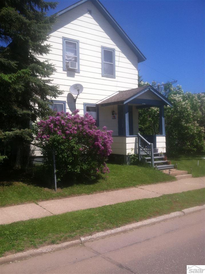 703 W Bayfield St, Washburn, WI 54891
