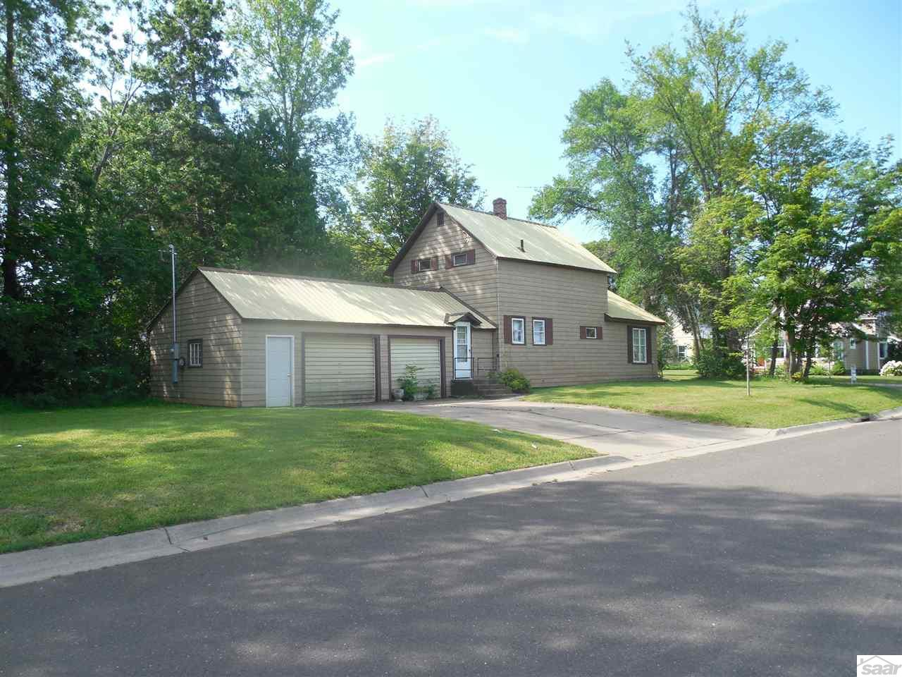 Photo of 1002 4th Ave W  Ashland  WI