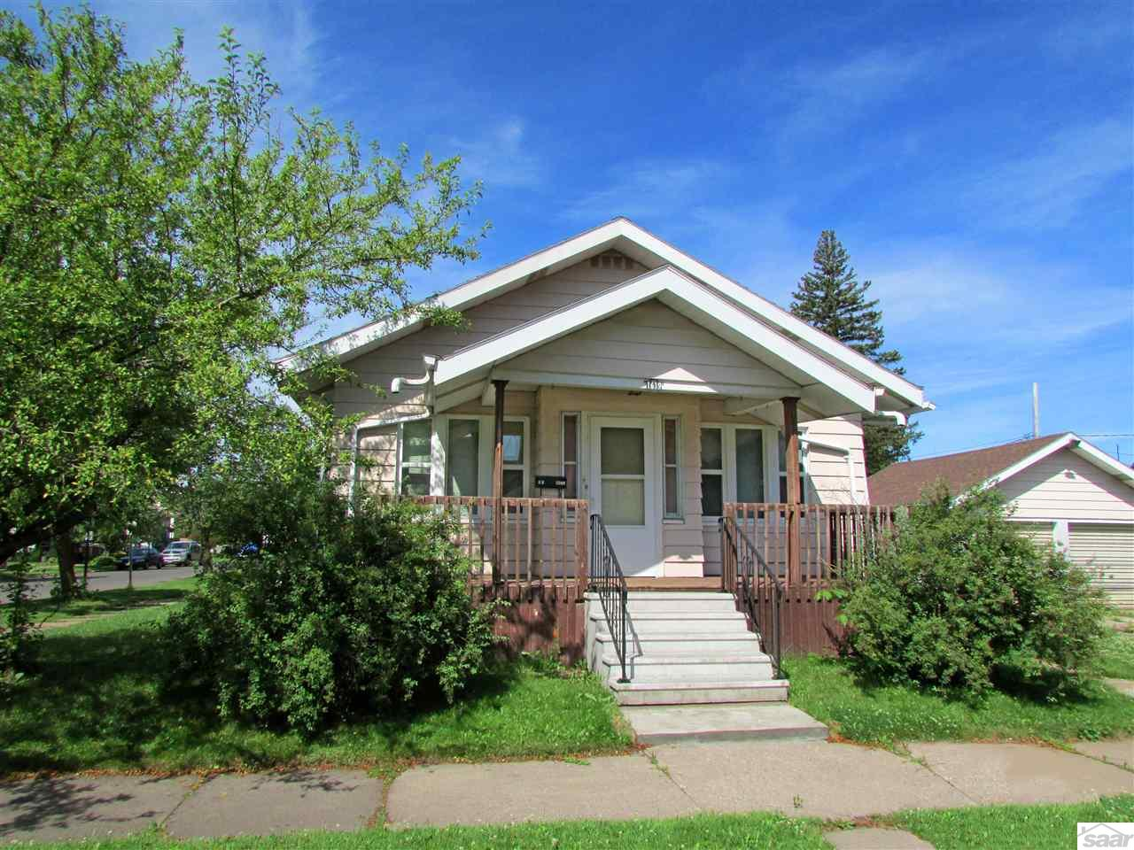 Photo of 1619 Baxter Ave  Superior  WI