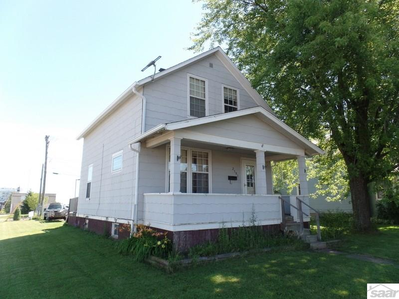 Photo of 2301 E 3rd St  Superior  WI
