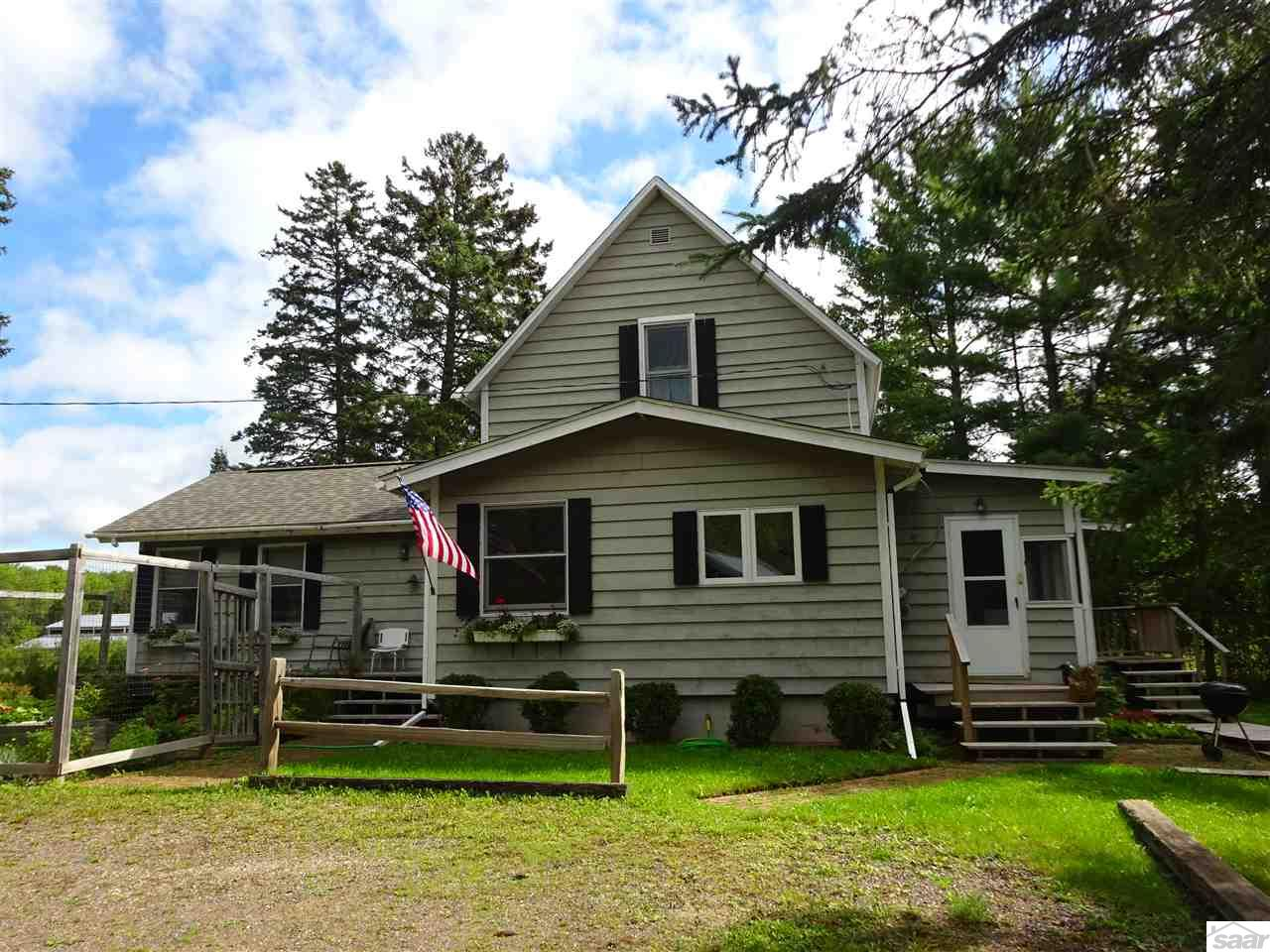 Photo of 557 Middle Rd  LaPointe  WI