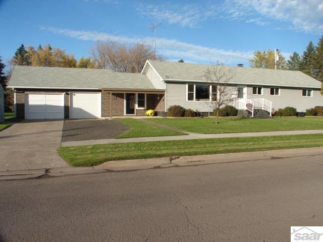 1921 N 54th St, Superior, WI 54880