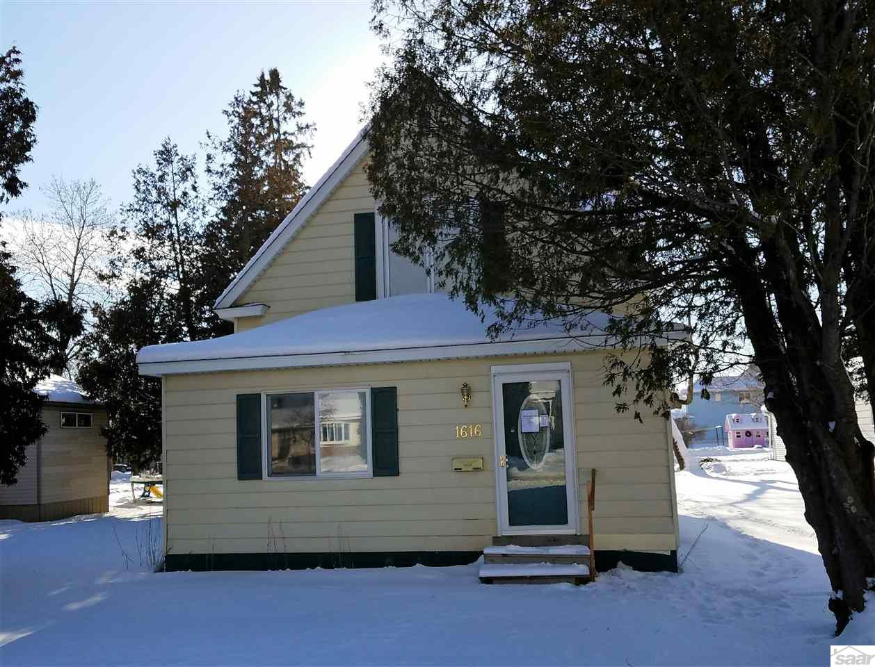 Photo of 1616 Central Ave  Superior  WI