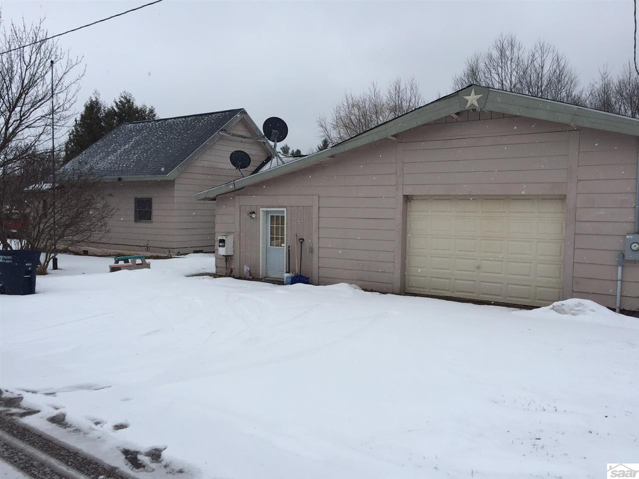 Photo of 307 W 9th Ave  Washburn  WI