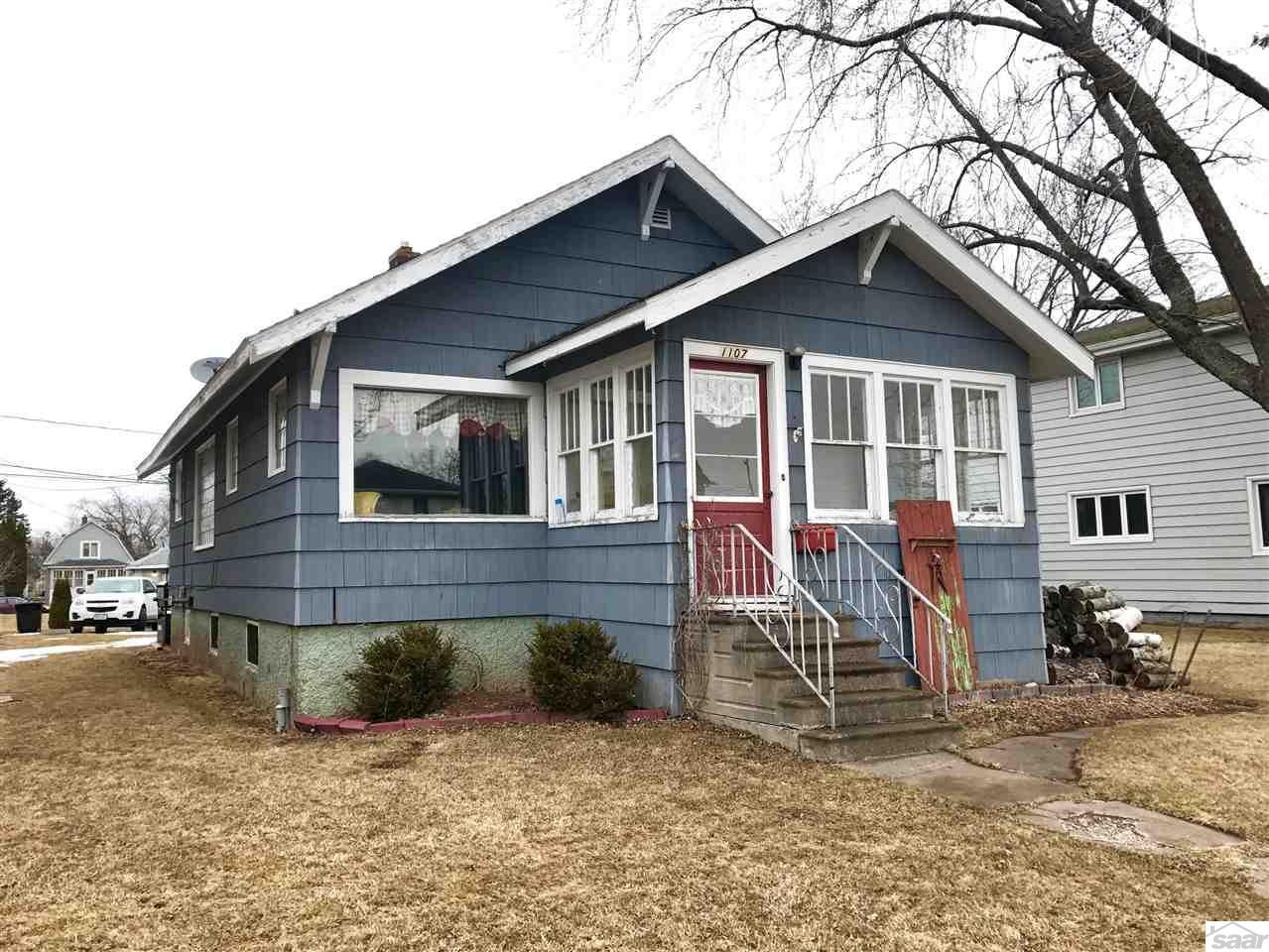 1107 N 21st St, Superior, WI 54880