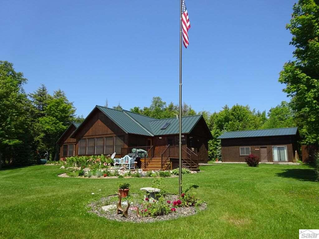 Photo of 4147 Chippewa Tr  LaPointe  WI
