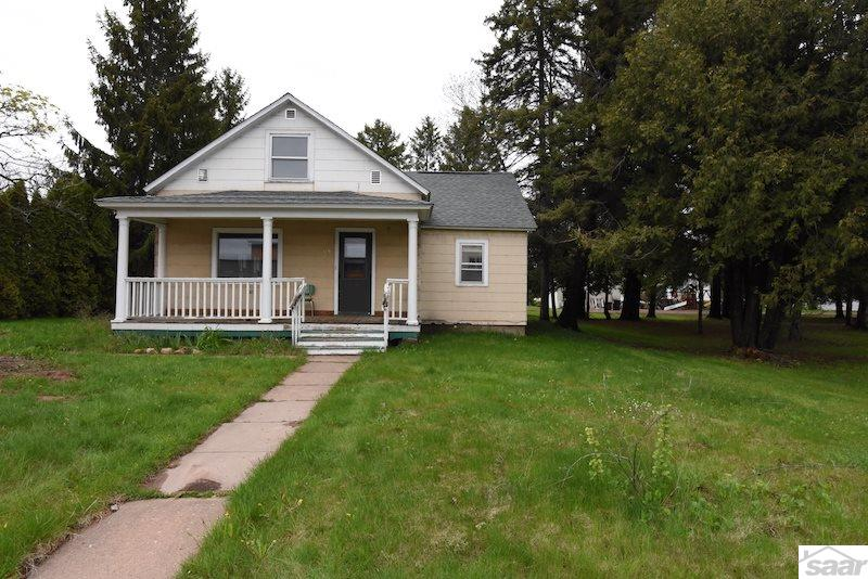 Photo of 325 W Bayfield St  Washburn  WI