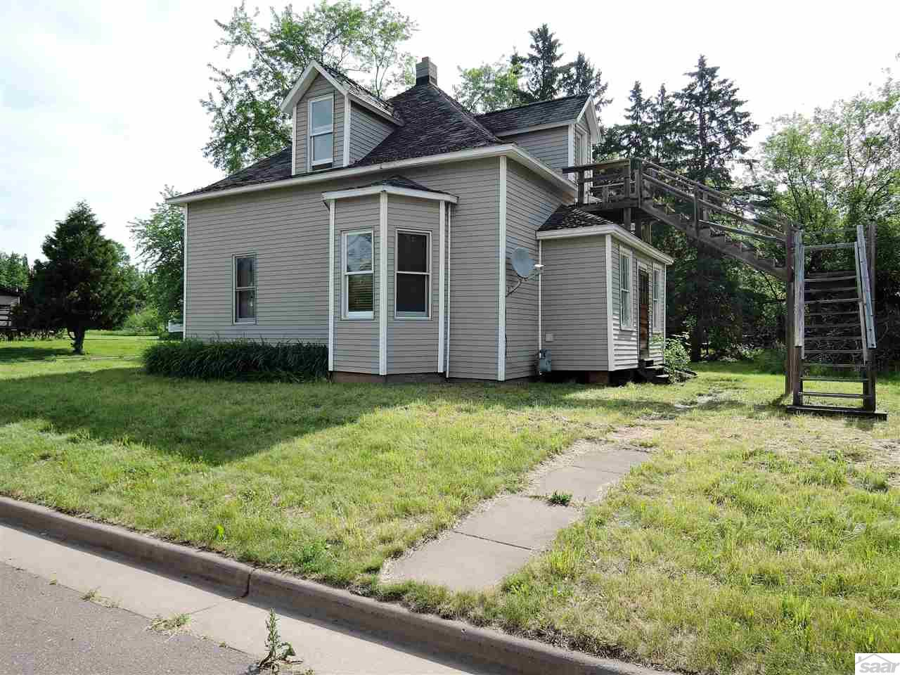 Photo of 848 W 3rd St  Washburn  WI