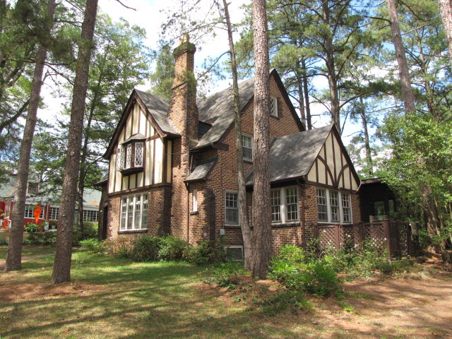 Rental Homes for Rent, ListingId:33655775, location: 410 N Gulf St Sanford 27330