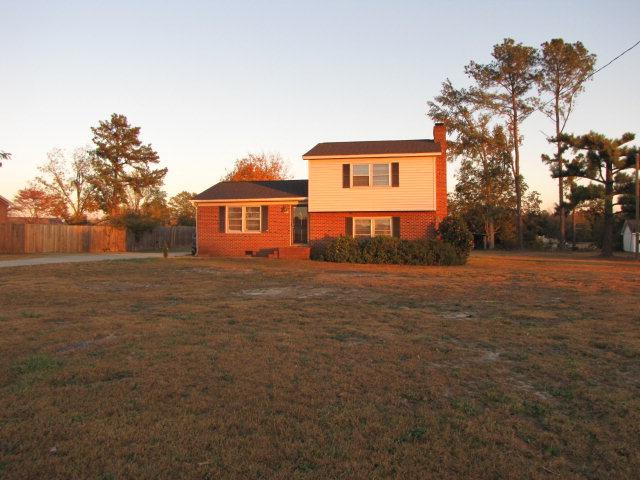 Rental Homes for Rent, ListingId:33198962, location: 3707 Woodside Drive Sanford 27332