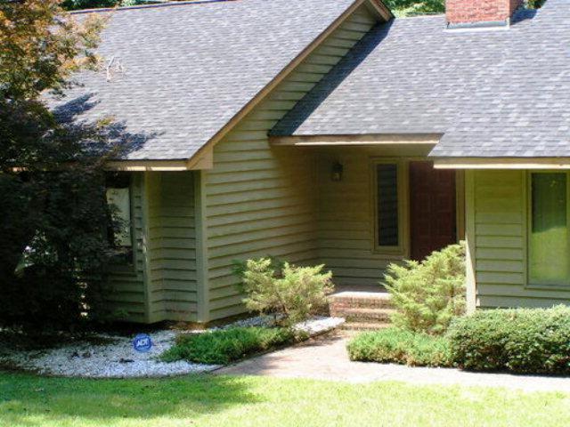 Rental Homes for Rent, ListingId:32858420, location: 2112 Washington St Sanford 27332