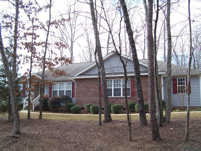 Rental Homes for Rent, ListingId:33198964, location: 5140 Cardinal Cir Sanford 27332