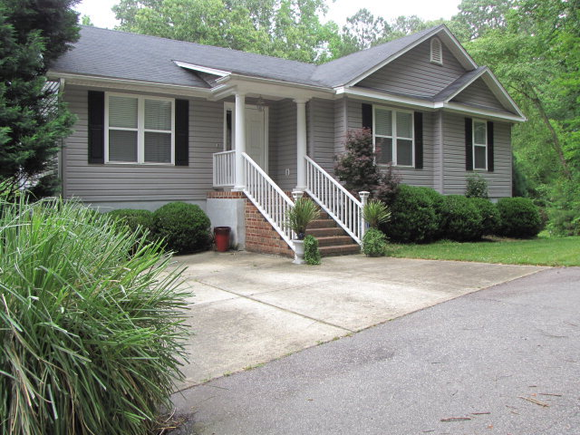 Rental Homes for Rent, ListingId:29612965, location: 860 Eagles Nest Sanford 27332