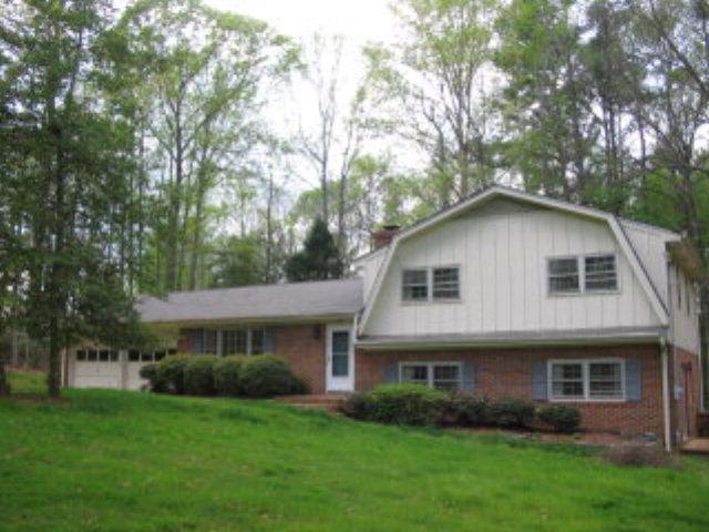 Rental Homes for Rent, ListingId:33102640, location: 2802 CHIPPENDALE TRL Sanford 27332