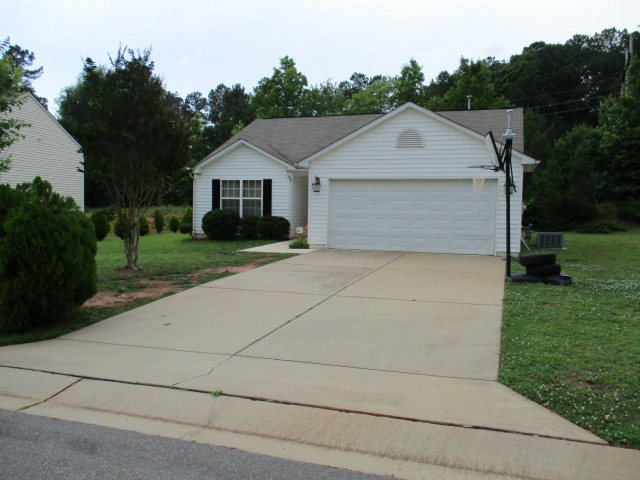 Rental Homes for Rent, ListingId:33934290, location: 316 PROVIDENCE HALL DR Sanford 27330