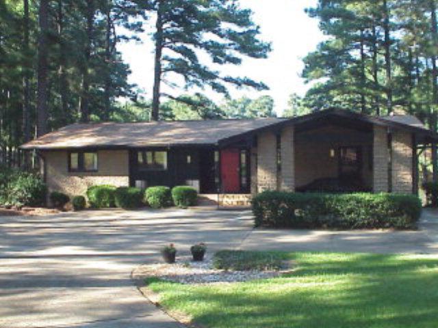 Rental Homes for Rent, ListingId:33981898, location: 187 TREE CUTTERS Sanford 27332