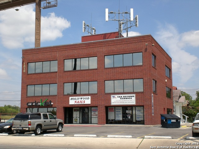 Commercial Property for Sale, ListingId:31735243, location: 1818 S NEW BRAUNFELS AVE San Antonio 78210