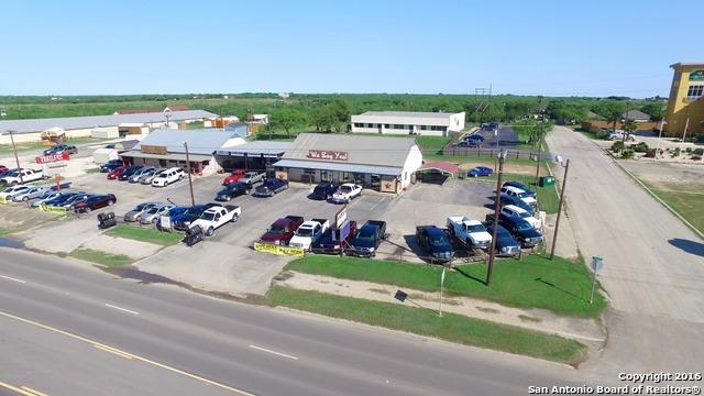 1750 Highway 97 E, Jourdanton, TX 78026