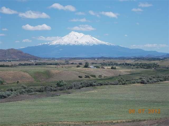 000 River view Dr Yreka, CA 96097