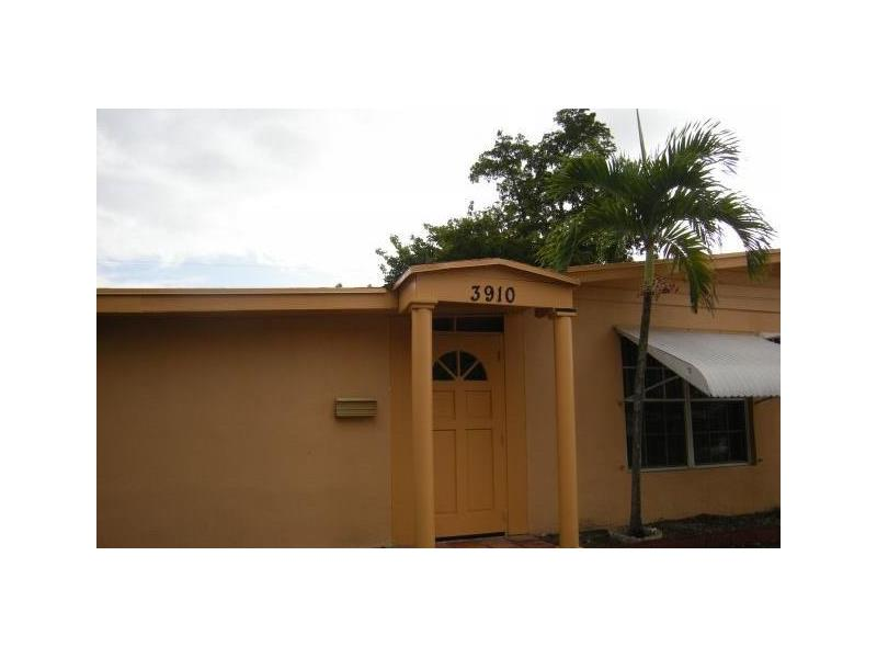 Photo of 3910 Southwest 59th Ave  Davie  FL