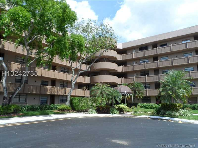 Photo of 1001  Colony Point Cir  Pembroke Pines  FL