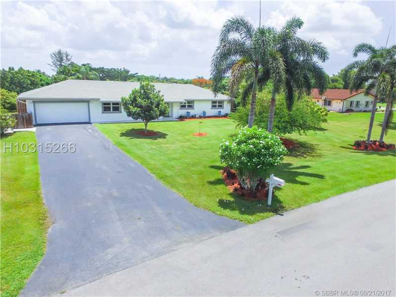 Photo of 4910 Southwest 205th Ave  Southwest Ranches  FL