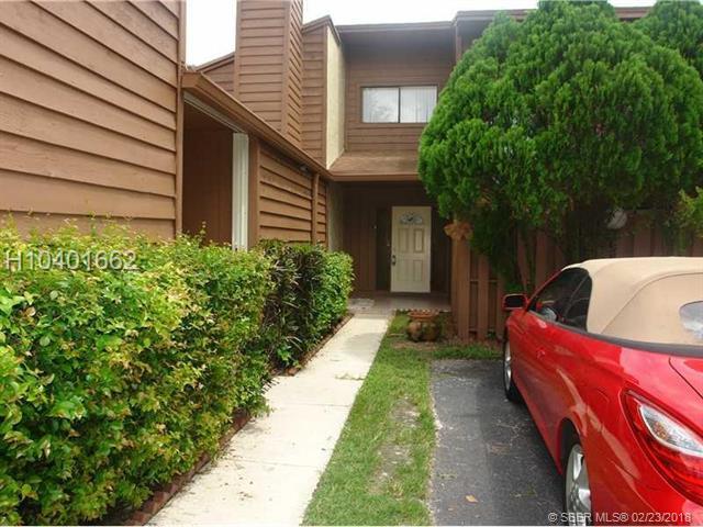 Tamarac Homes for Sale -  Loft,  6185 Live Oak Ct B