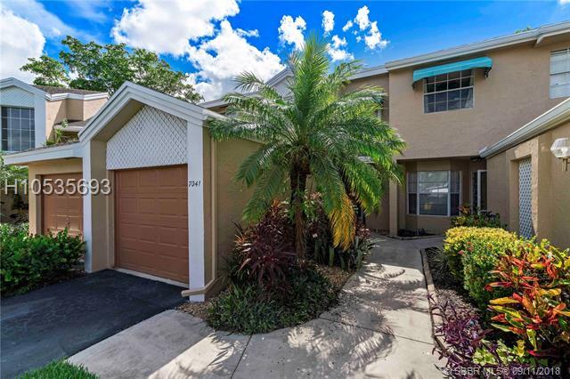 Tamarac Homes for Sale -  Cul de Sac,  7041 Woodmont Way 7041