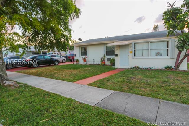 822 N 20th Ave, Hollywood in Broward County County, FL 33020 Home for Sale
