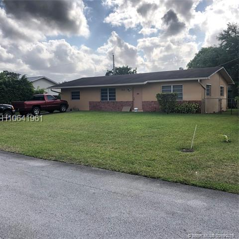 One of Miramar 3 Bedroom Homes for Sale at 1914 SW 97th Ter
