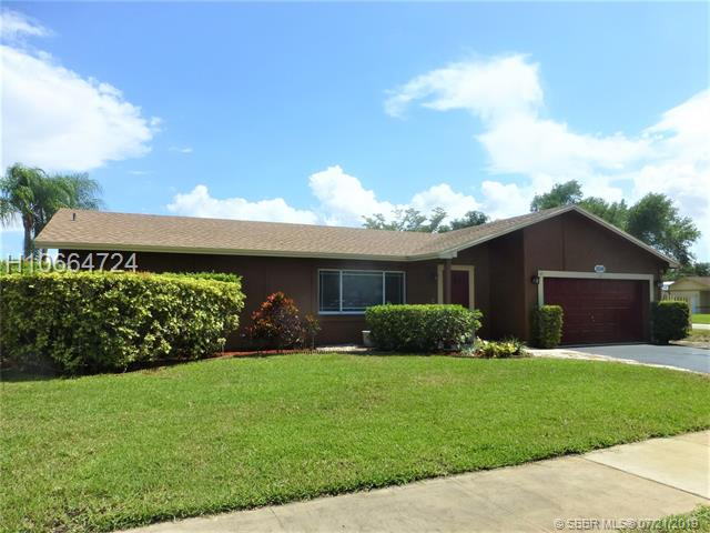 11548 SW 56th Street, Cooper City, Florida