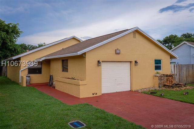 9805 SW 57th St, Cooper City, Florida