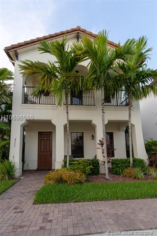 8357 NW 38th St, Cooper City, Florida