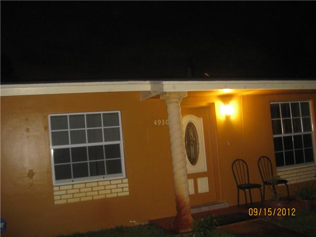 4930 NW 13th Ct, Lauderhill, FL 33313
