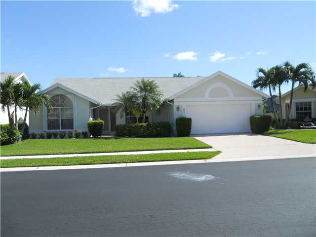 106 Adobe Cir, Jupiter, FL 33458