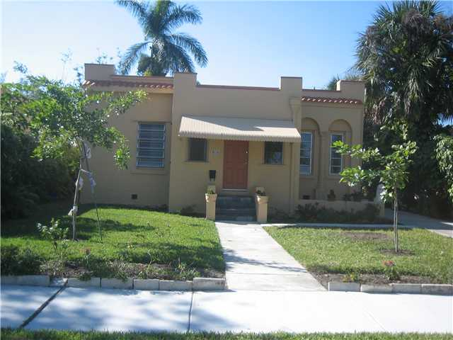 305 Ne 2nd Ave, Dania, FL 33004