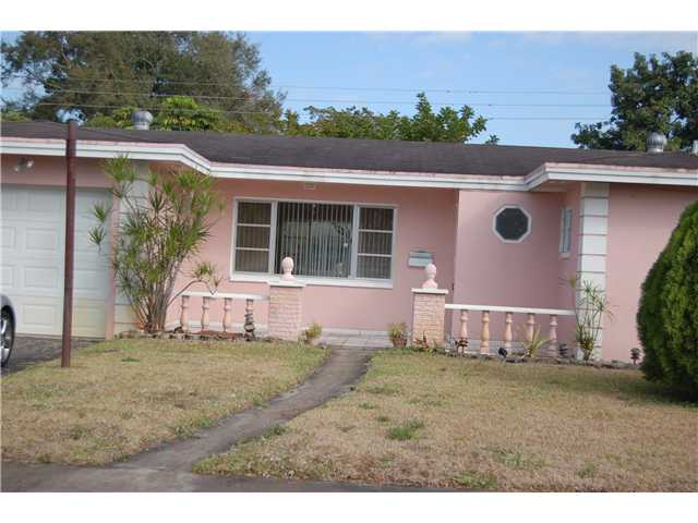 7509 Mckinley St, Hollywood, FL 33024