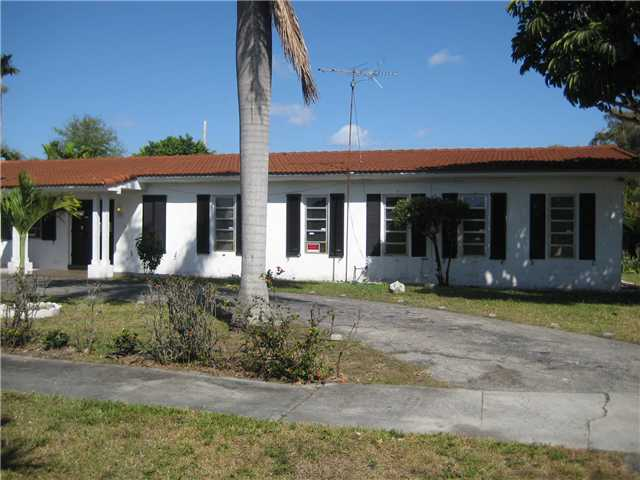 primary photo for 695 NE 151 ST, Miami, FL 33162, US