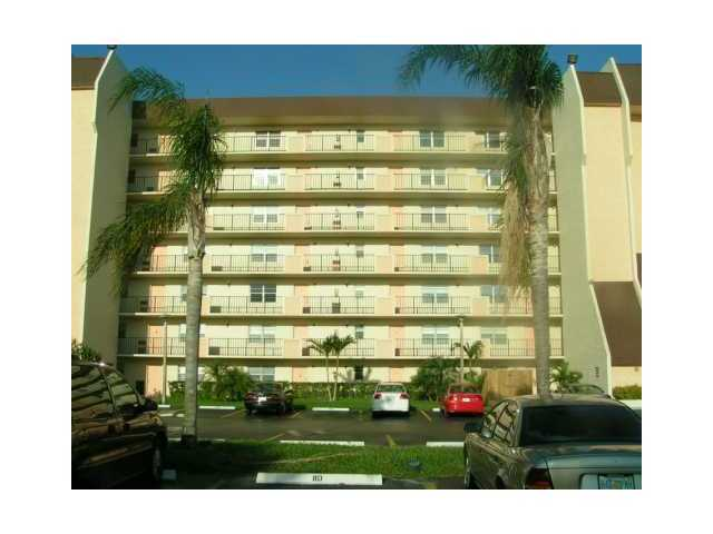 Rental Homes for Rent, ListingId:22604865, location: 3150 W ROLLING HILLS CR Davie 33328