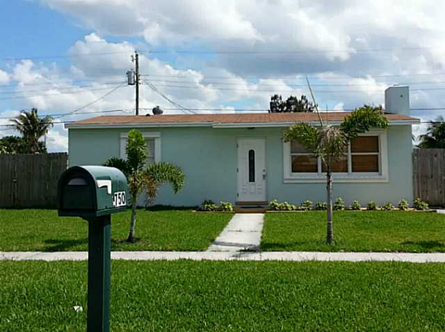 Rental Homes for Rent, ListingId:23535816, location: 750 CHERRY RD West Palm Beach 33409