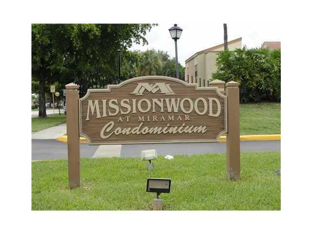 8413 S Missionwood County Road # B-43, Hollywood, FL 33025