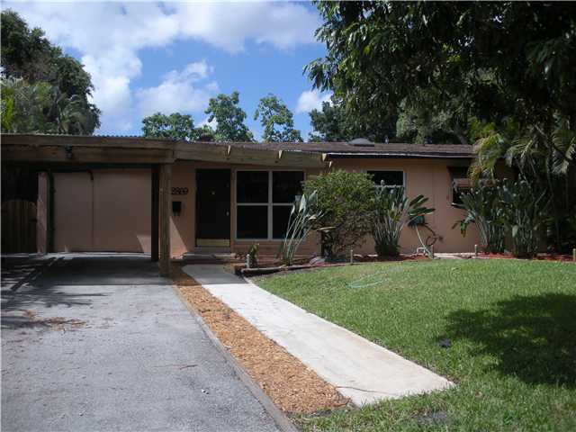 2869 Sw 13th Ct, Fort Lauderdale, FL 33312