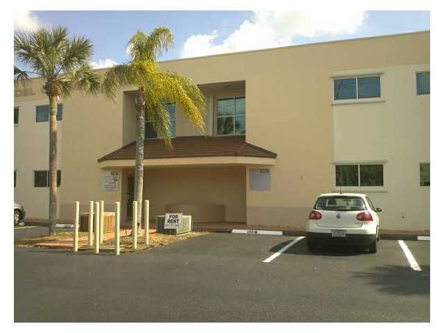 10216 NW 50th St, Fort Lauderdale, FL 33351