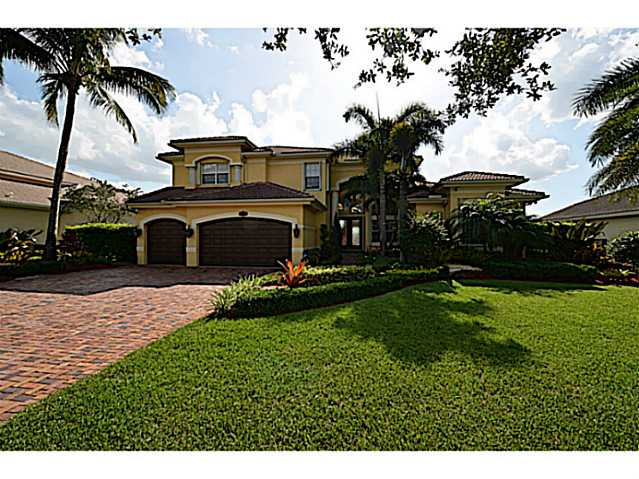 3549 Gulfstream Way, Davie, FL 33328
