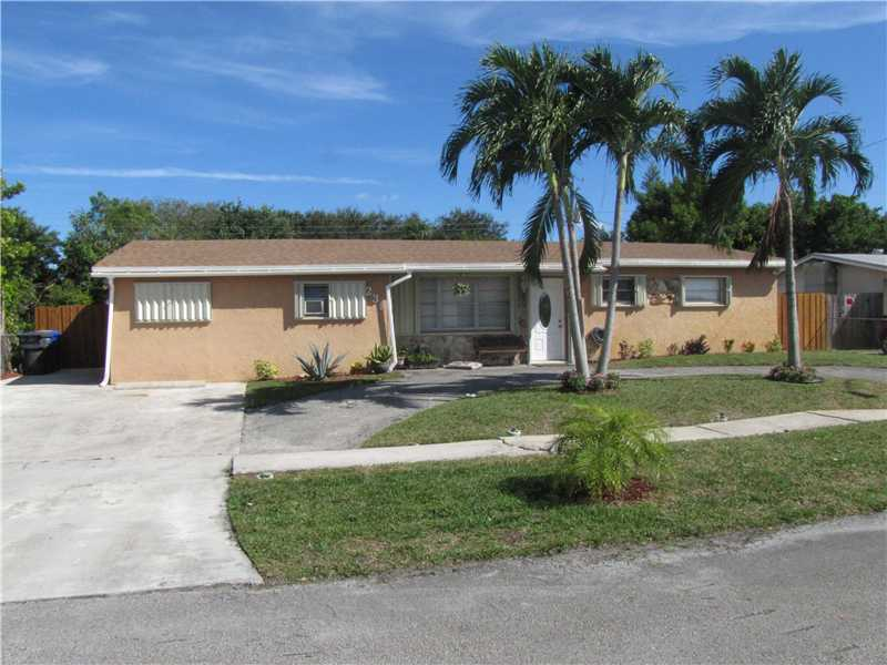 231 NW 68th Way, Hollywood, FL 33024