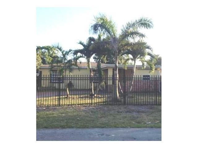 6444 Wiley St, Hollywood, FL 33023