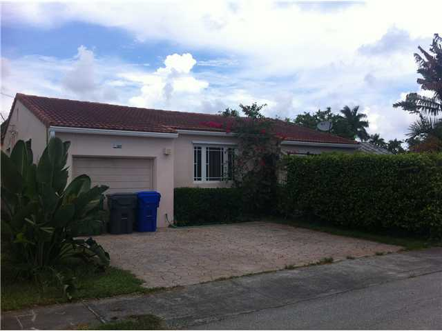 1607 Hayes St, Hollywood, FL 33020