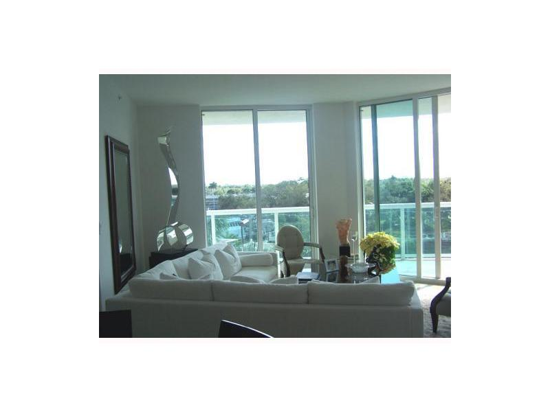 Rental Homes for Rent, ListingId:25371625, location: 347 N NEW RIVER DR Ft Lauderdale 33301
