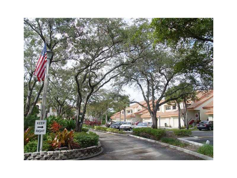 3236 Laurel Oaks Ln # 508, Hollywood, FL 33021