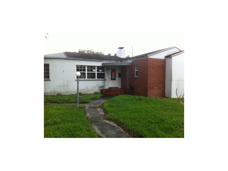 614 Royal Palm Ave, Clewiston, FL 33440